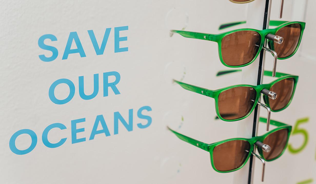 plastic sunglasses, helios, helios moka,